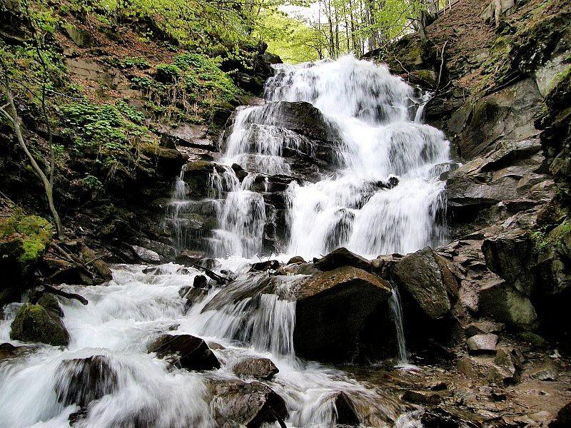 Едем на выходные в Карпаты водопад ШЕПОТ