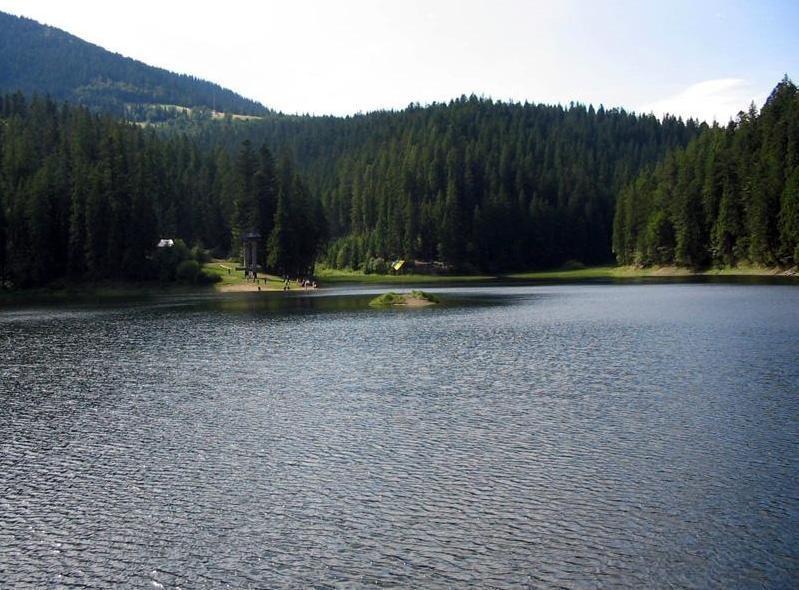 Едем на выходные в Карпаты на озеро Синевир
