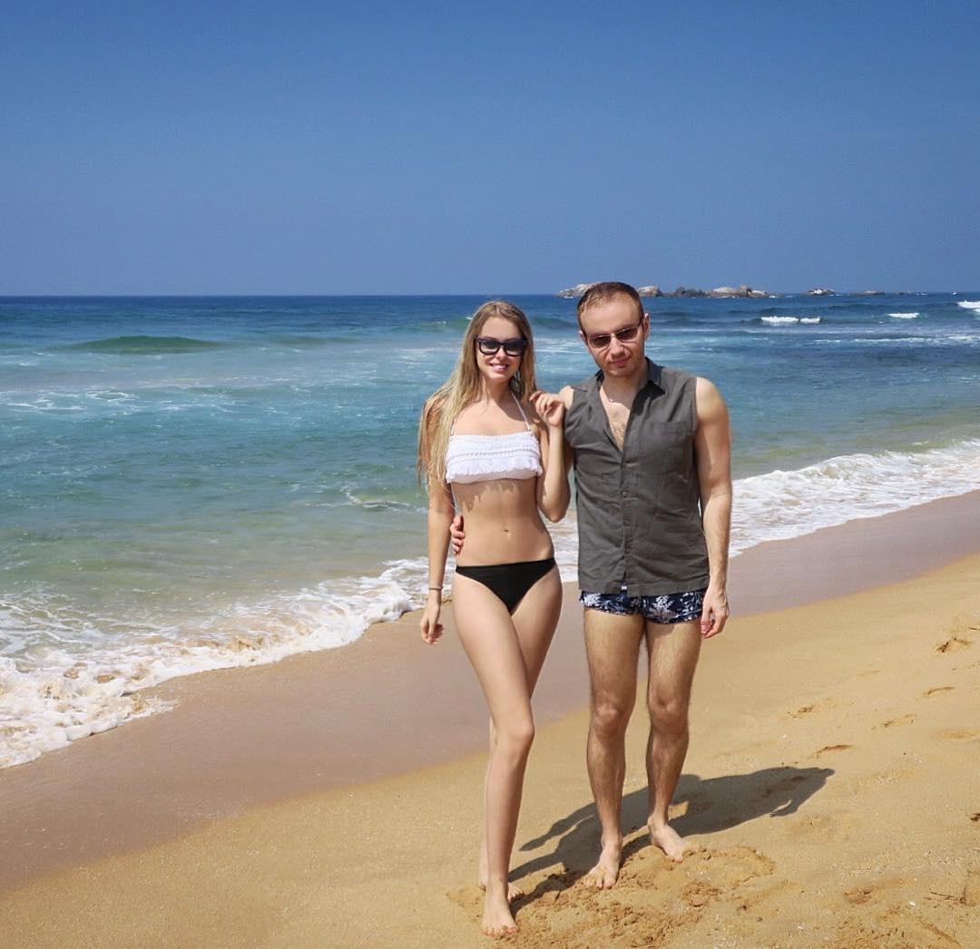 Жена в бикини на пляже фото фото 671-158