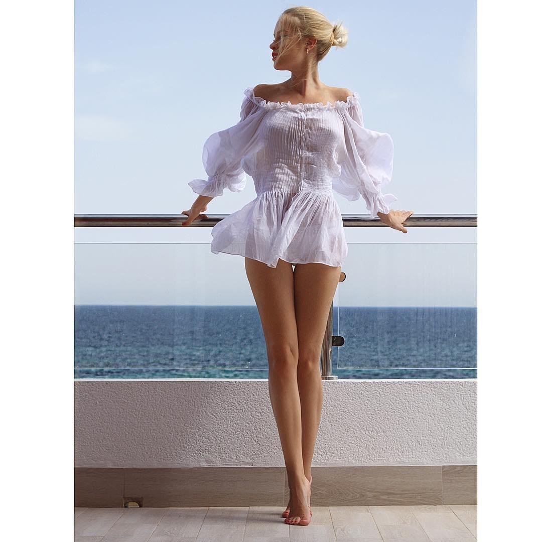Прозрачные платья фото девушек 22 фотография