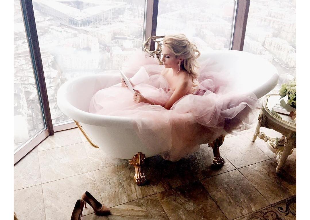 Жена в ванне фото