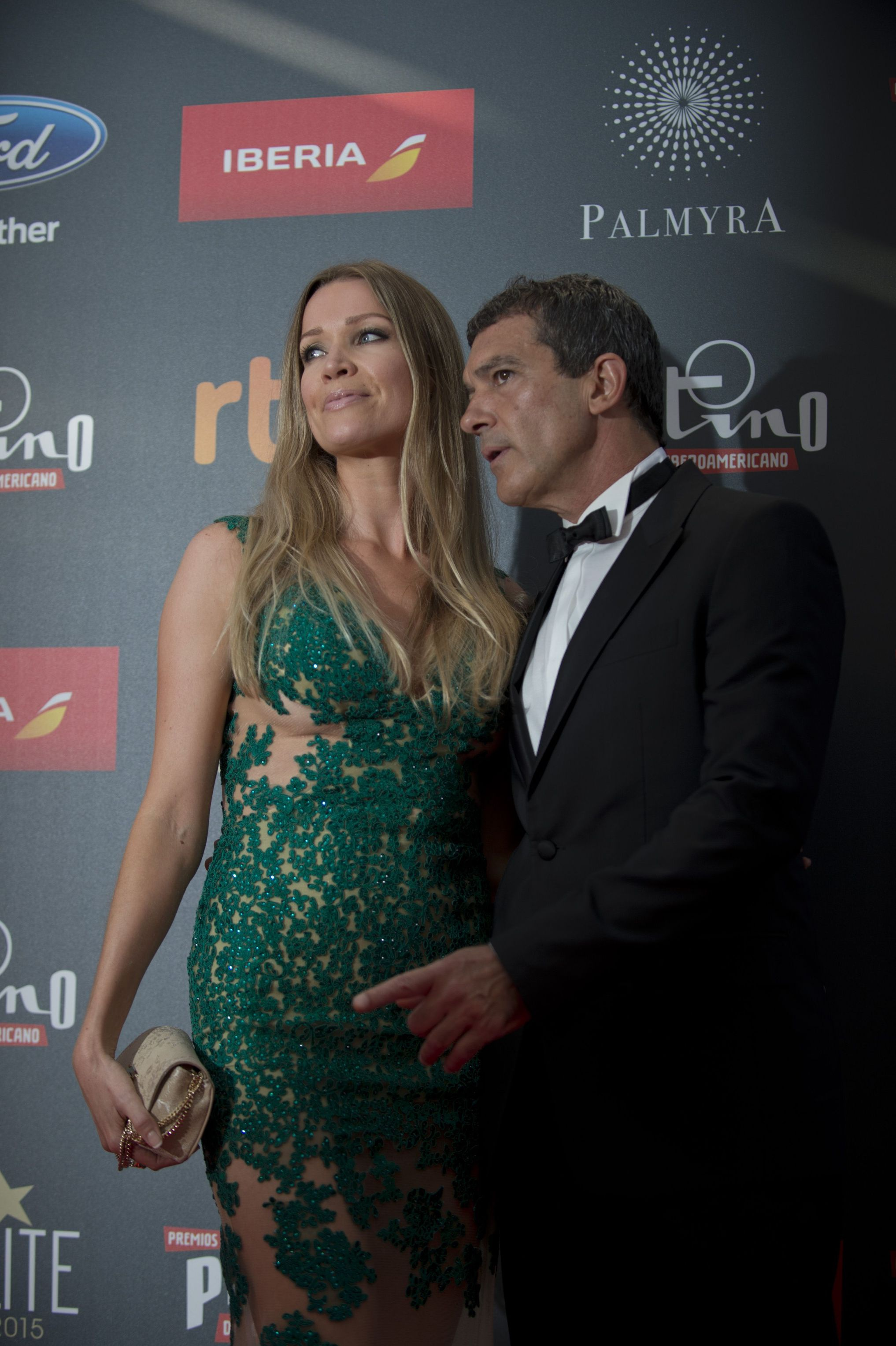 antonio_banderas_r_and_his_girlfriend_nicole