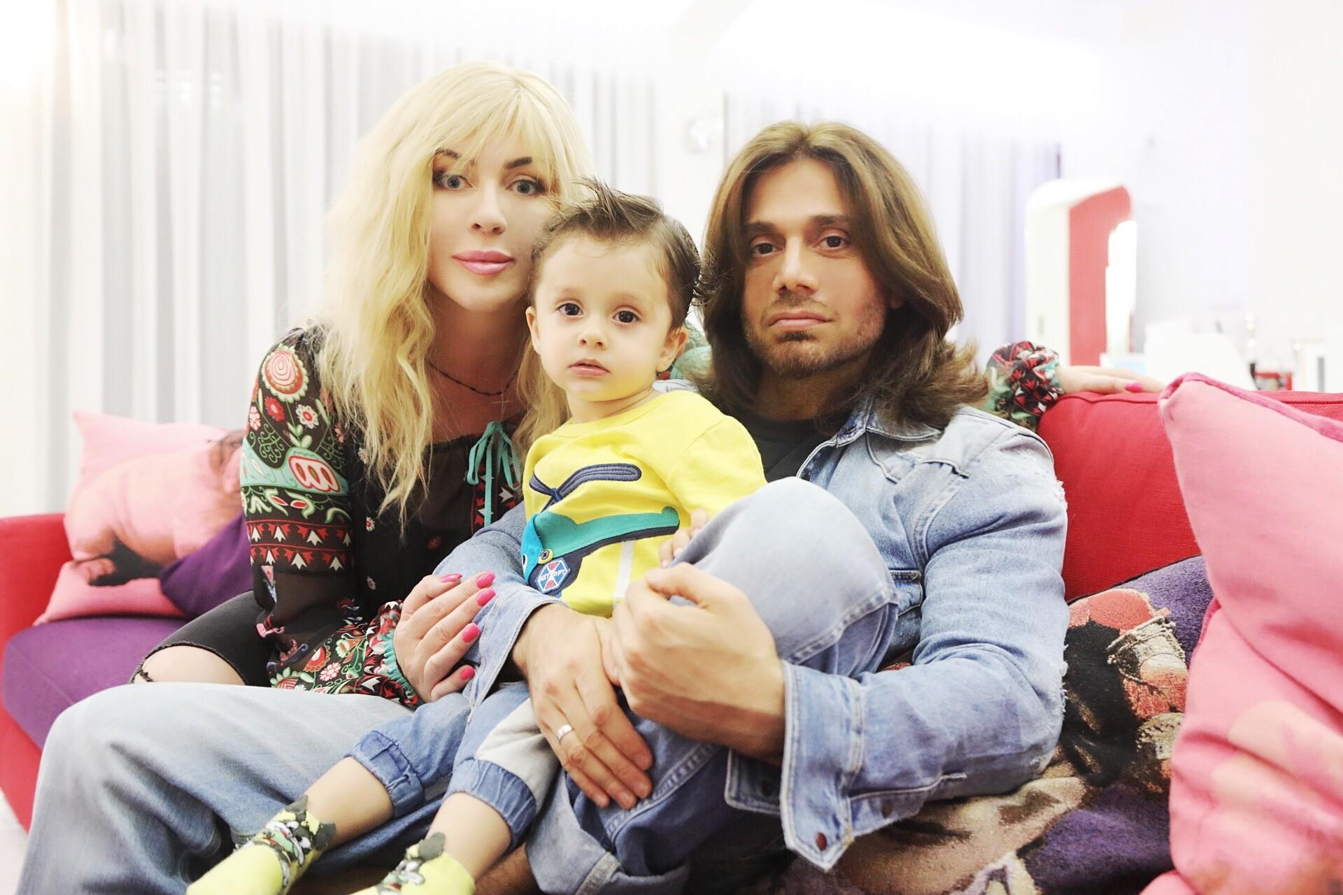 Ирина Билык впервый раз показала 1,5-годовалого сына
