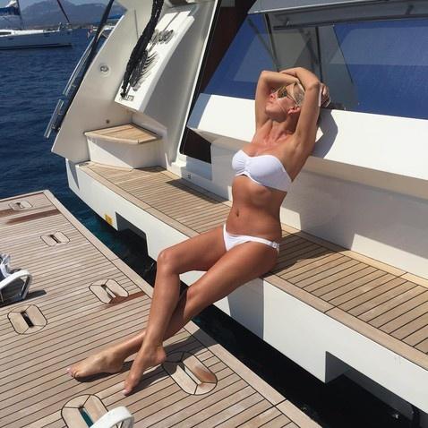 50летняя певица Ирина Салтыкова показала фото в бикини