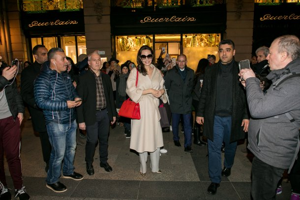 angelina_jolie_is_seen_leaving_the