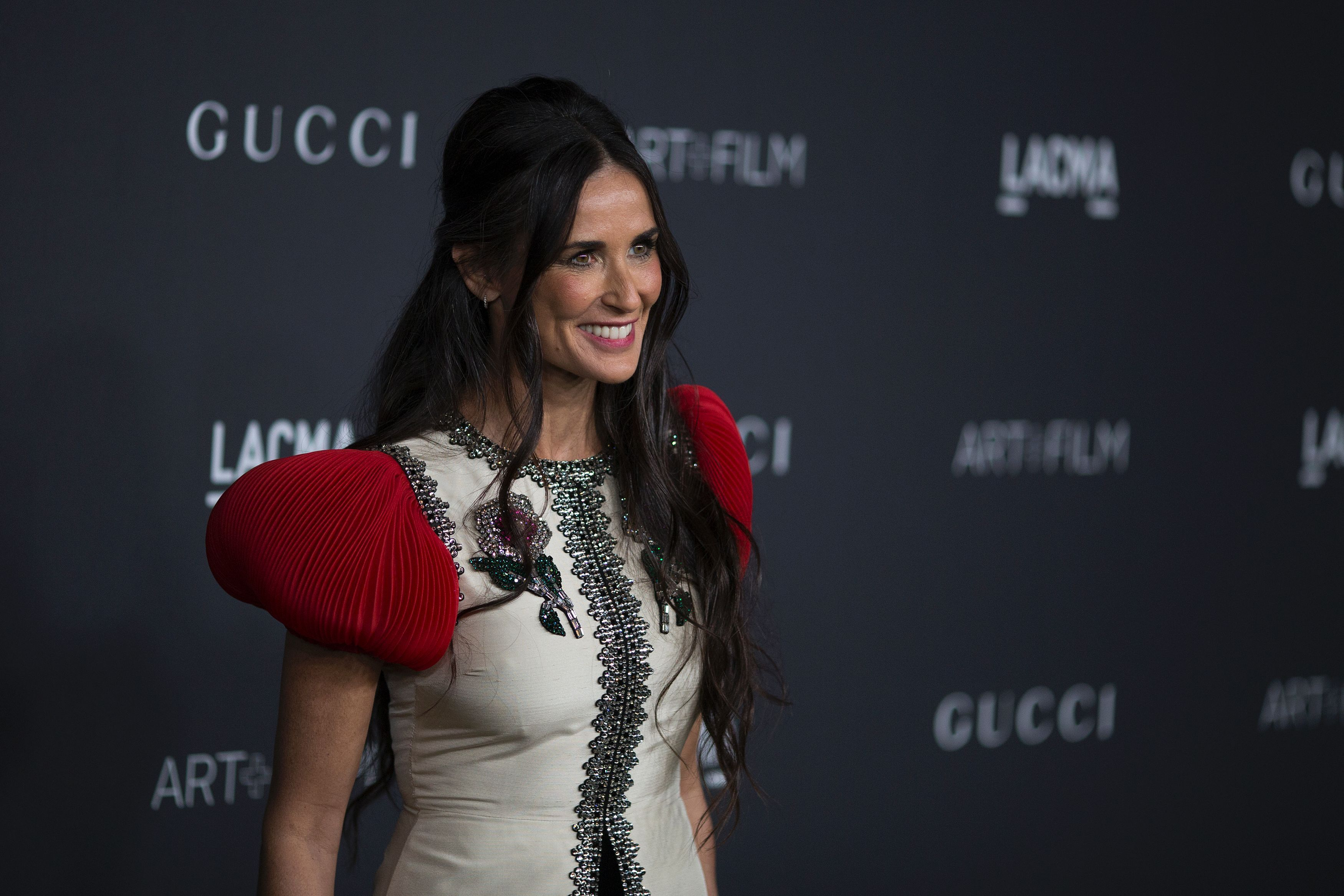 demi_moore_wearing_gucci_attends_the_2016_lacma_art__f15