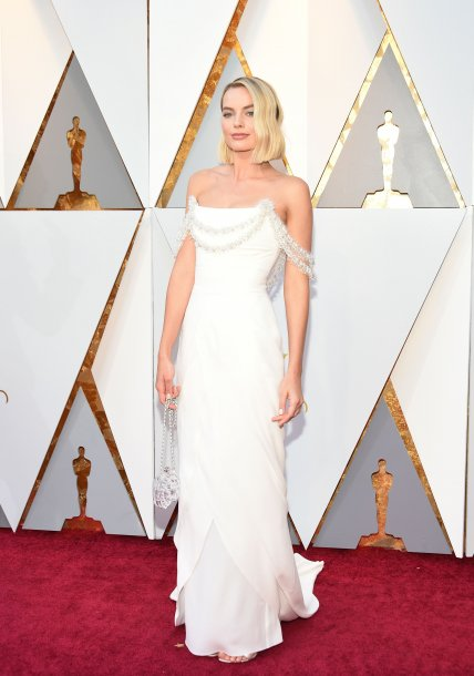 margot_robbie_arrives