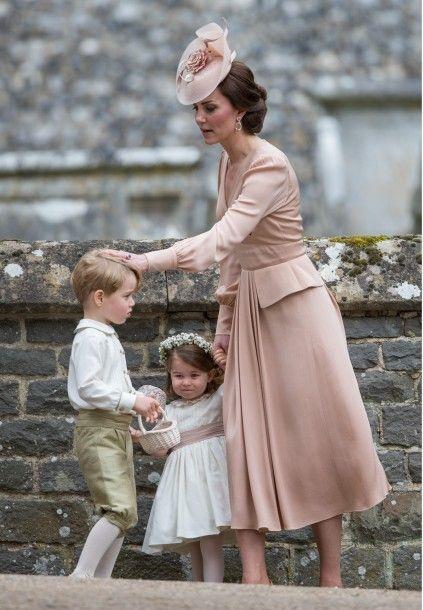 princess_charlotte_prince_george_catherine_duchess_of_cambridge_27