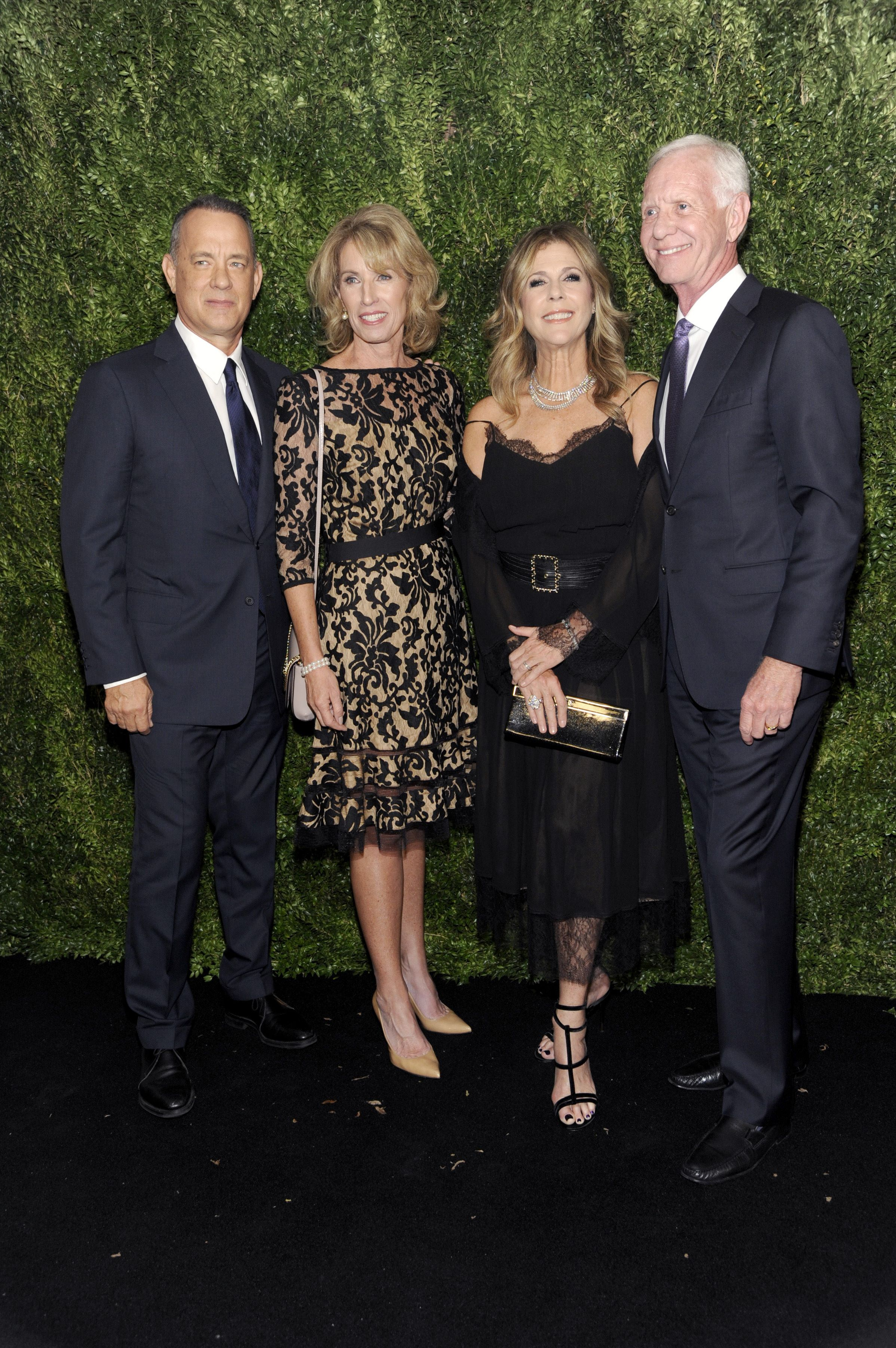 tom_hanks_rita_wilson_lorrie_sullenberger_and_chesley_sullenberger_attend_the