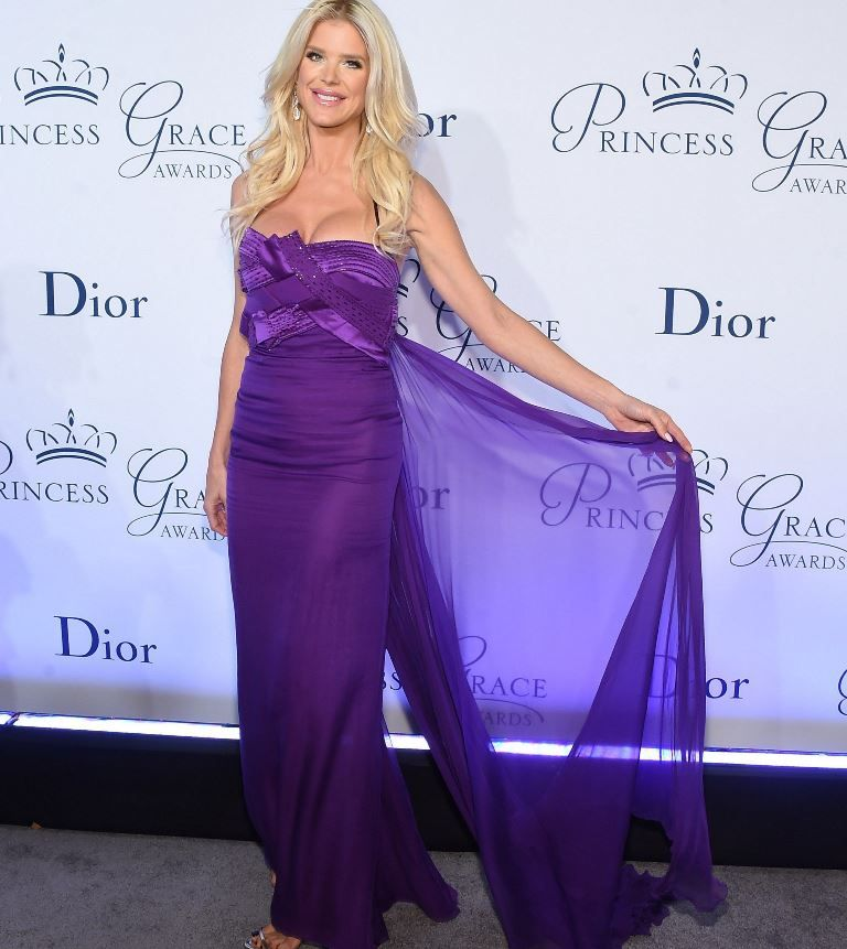victoria_silvstedt_attends_the_2016_princess_grace_awards