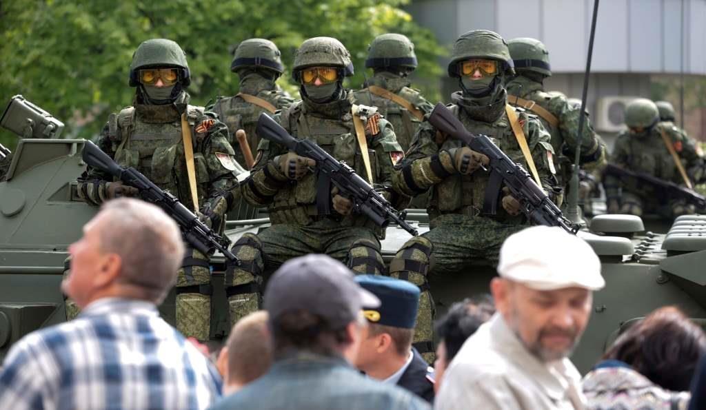 Какую игру ведут Киев и Москва на Донбассе и чем все закончится: мнение экспертов, фото-1
