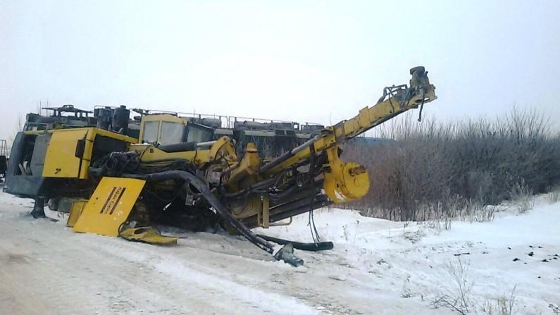 ВОдесской области поезд снес напереезде автомобиль с25-тонным грузом