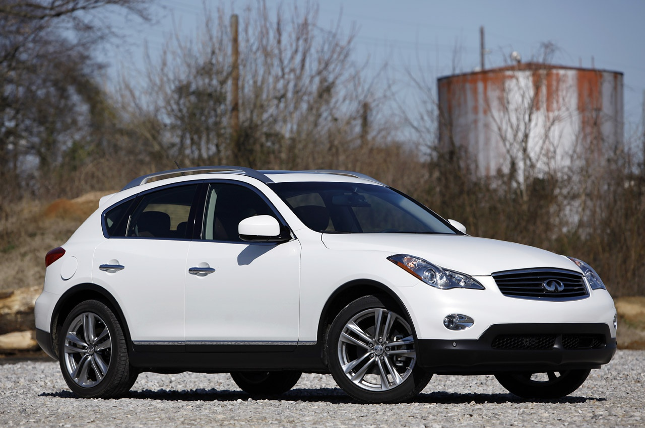 01-2012-infiniti-ex35-review