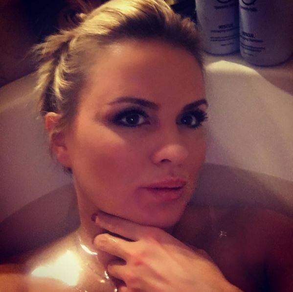 Блондинки в ванне — img 9
