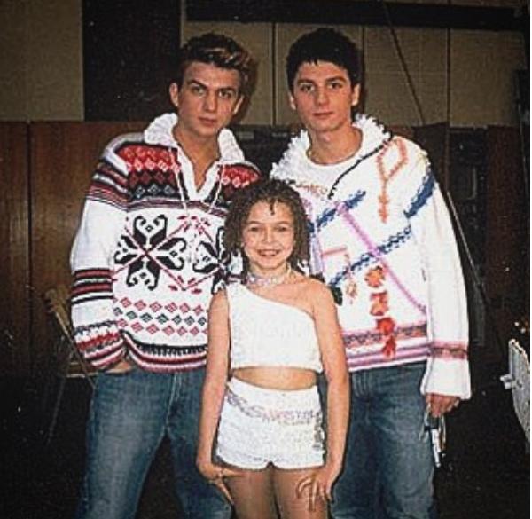 Алина Гросу показала смешное детское фото с Лазаревым ...