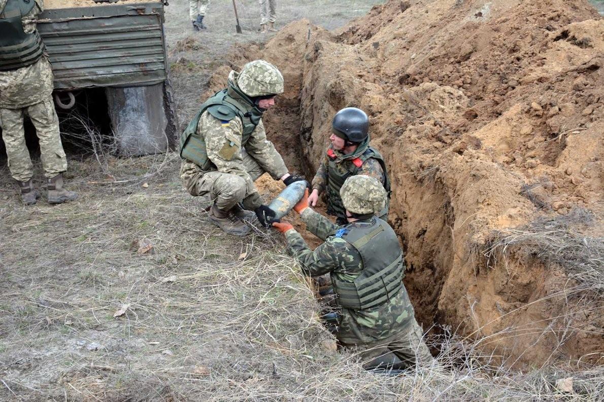 ВБалаклее саперами обезврежено неменее 5,6 тыс. боеприпасов