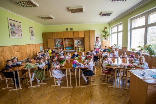 Без парт и учебников: реформа образования споткнулась о местные власти, фото-3
