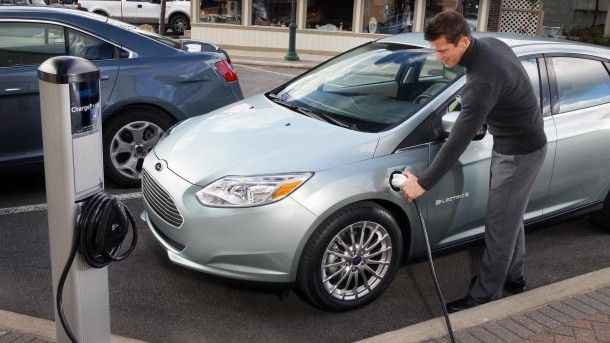 2011-284202-2012-ford-focus-electric-14-12-20111