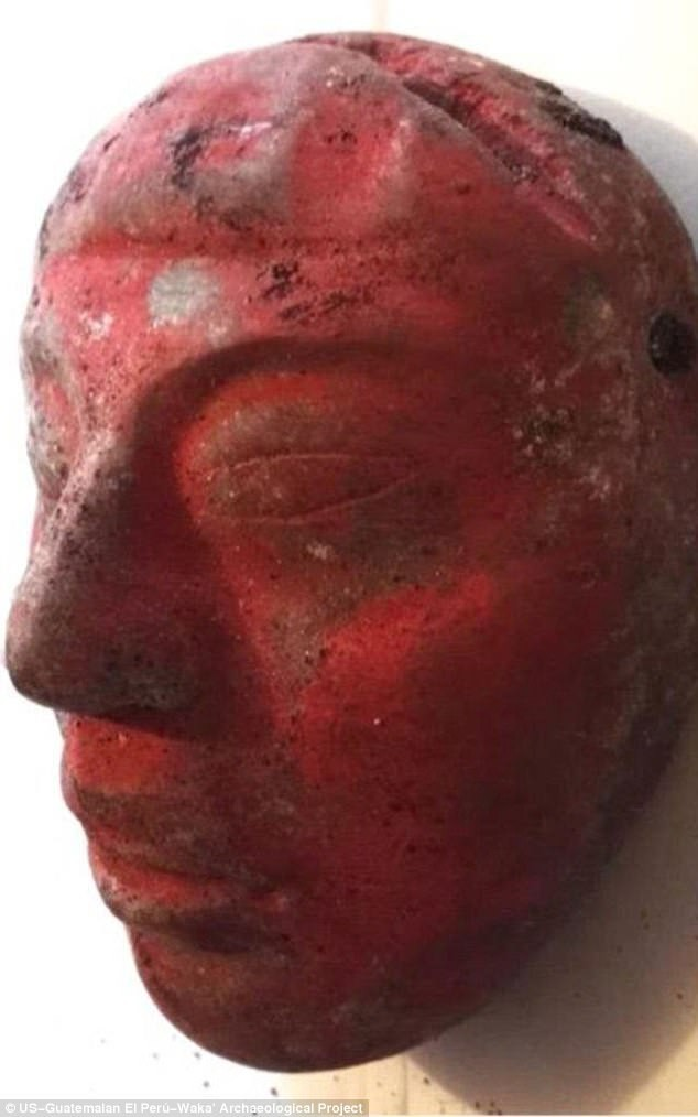 4445e64700000578-4884636-jade_mask_from_burial_80_painted_red_with_cinnabar_paint-a-30_1505403210566