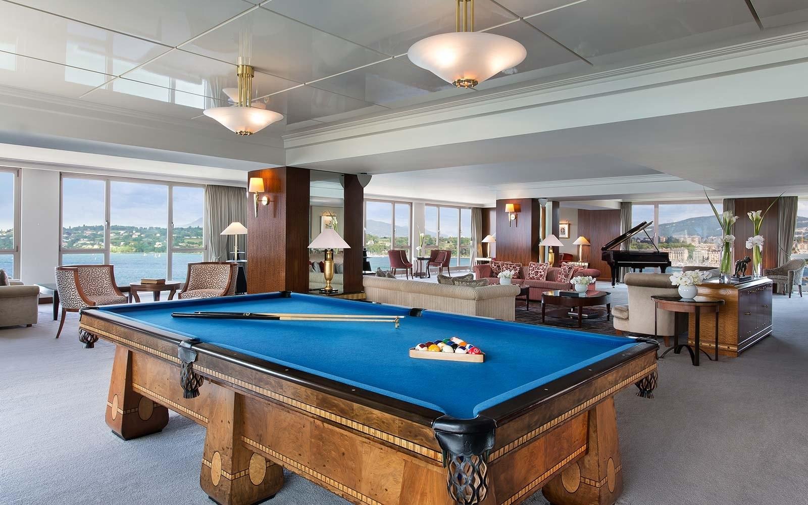billiards-hotel-president-wilson-geneva-expensivesuite1017
