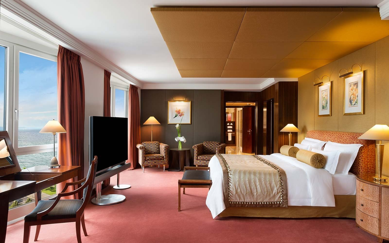 guest-room-hotel-president-wilson-geneva-expensivesuite1017