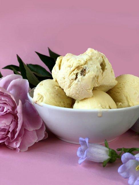 ample-hills-royal-wedding-ice-cream-flavor-2018