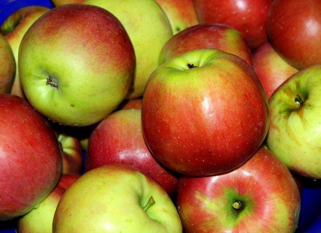 apples-3709749_960_720
