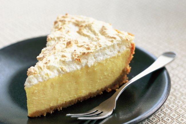 baked-lemon-and-coconut-meringue-cheesecake-9496-1_2.