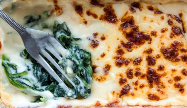 baked-spinach-with-cheese-in-froid-package_7180-161