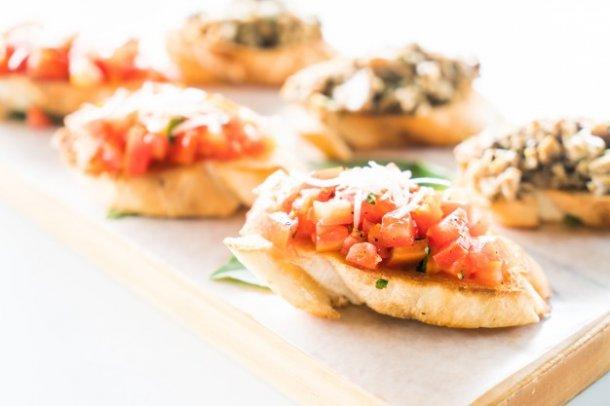 basil-food-appetizer-mediterranean-breakfast_1203-4347