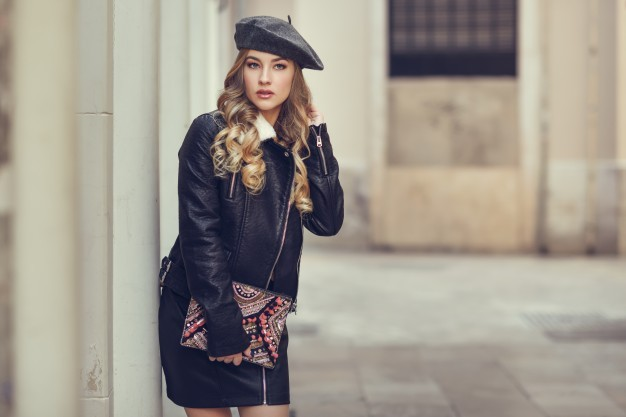 beauty-blonde-pretty-modern-winter_1139-809_01