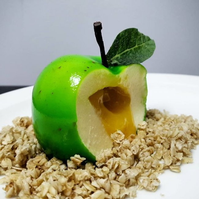 chef-illusionist-creates-desserts-that-at-first-glance-you-would-not-eat-5b30941eb3df3__700