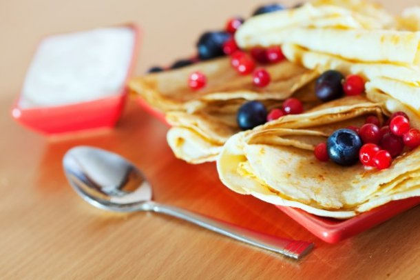 delicious-pancakes-on-plate_1398-109