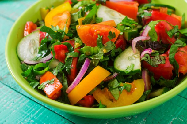fresh-salad-of-tomatoes-cucumbers-peppers-arugula-and-red-onion_2829-583