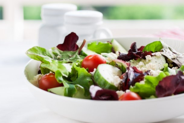 salad-with-cucumber-and-tomato_1220-289