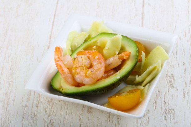 salad-with-shrimps-and-avocado_1472-164