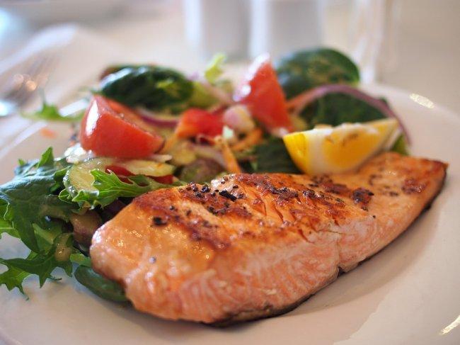 salmon-518032_960_720