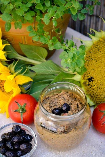 sunflower-pate-1477303_960_720