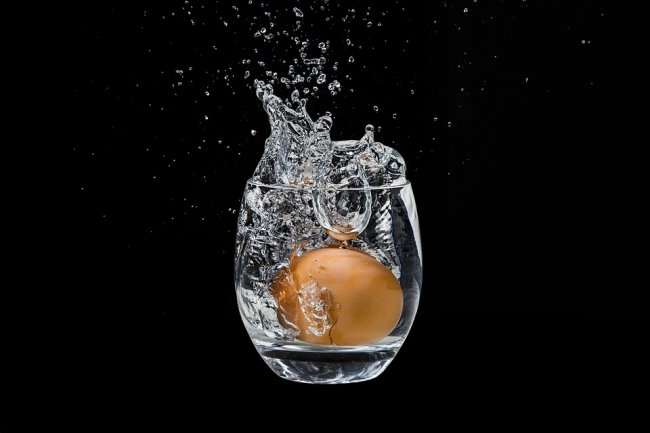 the-egg-in-the-glass-2825273_960_720