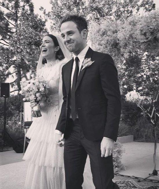 Известная артистка и эстрадная певица вышла замуж 2-ой раз