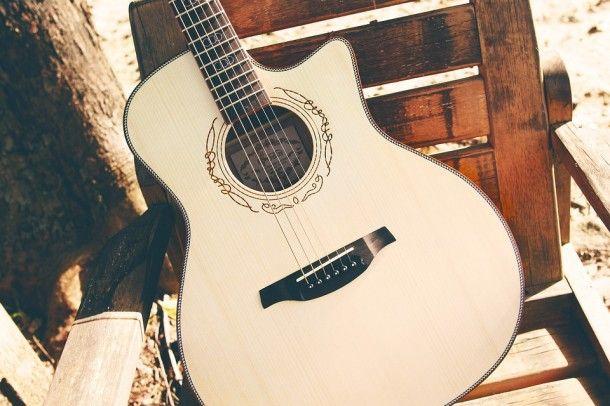 guitar-2422153_960_720