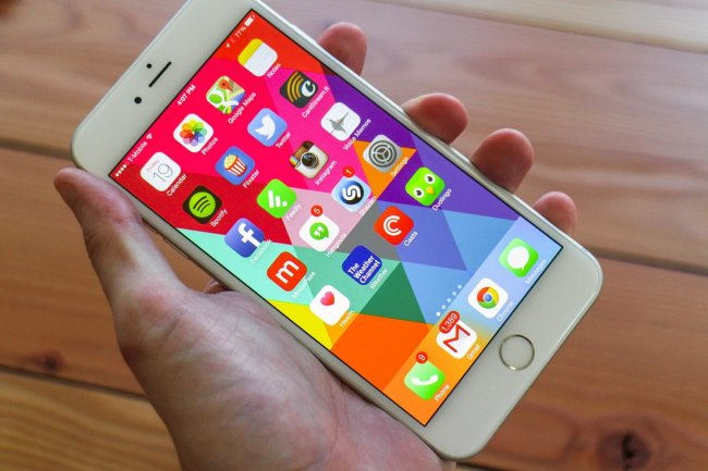 apple-iphone-6-plus-review-screen-angle-2