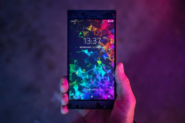 razer-phone-2-announced-with-revamped-design-and-vapor-chamber-cooling