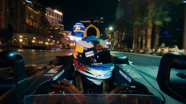road_trip_usa__daniel_ricciardo_takes_f1_to_san_francisco_monument_valley_and_las_vegas.mp4_snapshot_04.38
