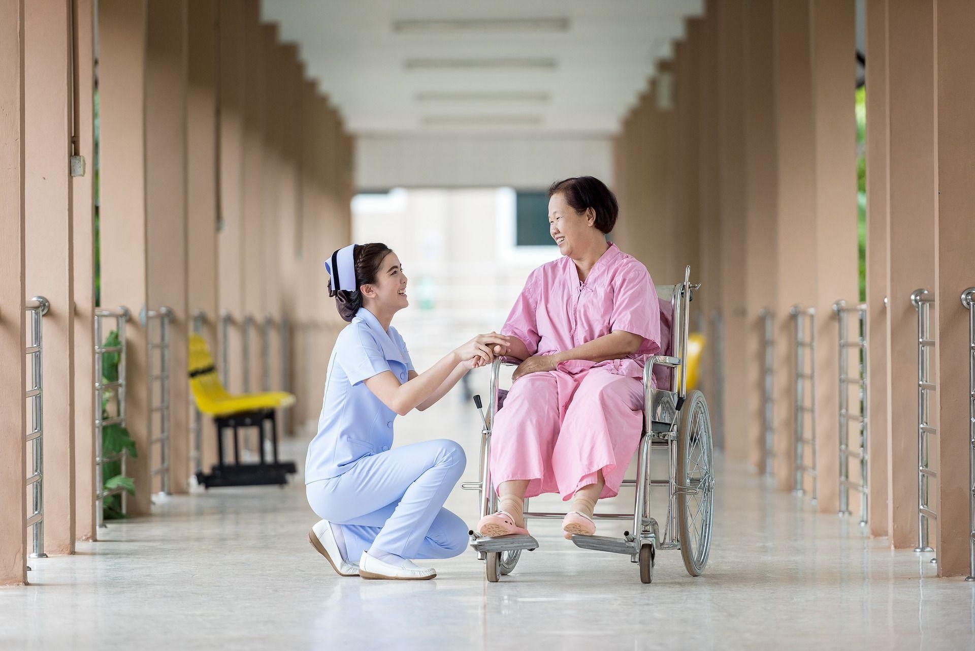 hospital-1822460_1920