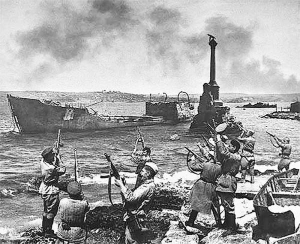 Памяти победы над нацизмом во Второй мировой войне: самые значимые бои украинских фронтов, фото-7