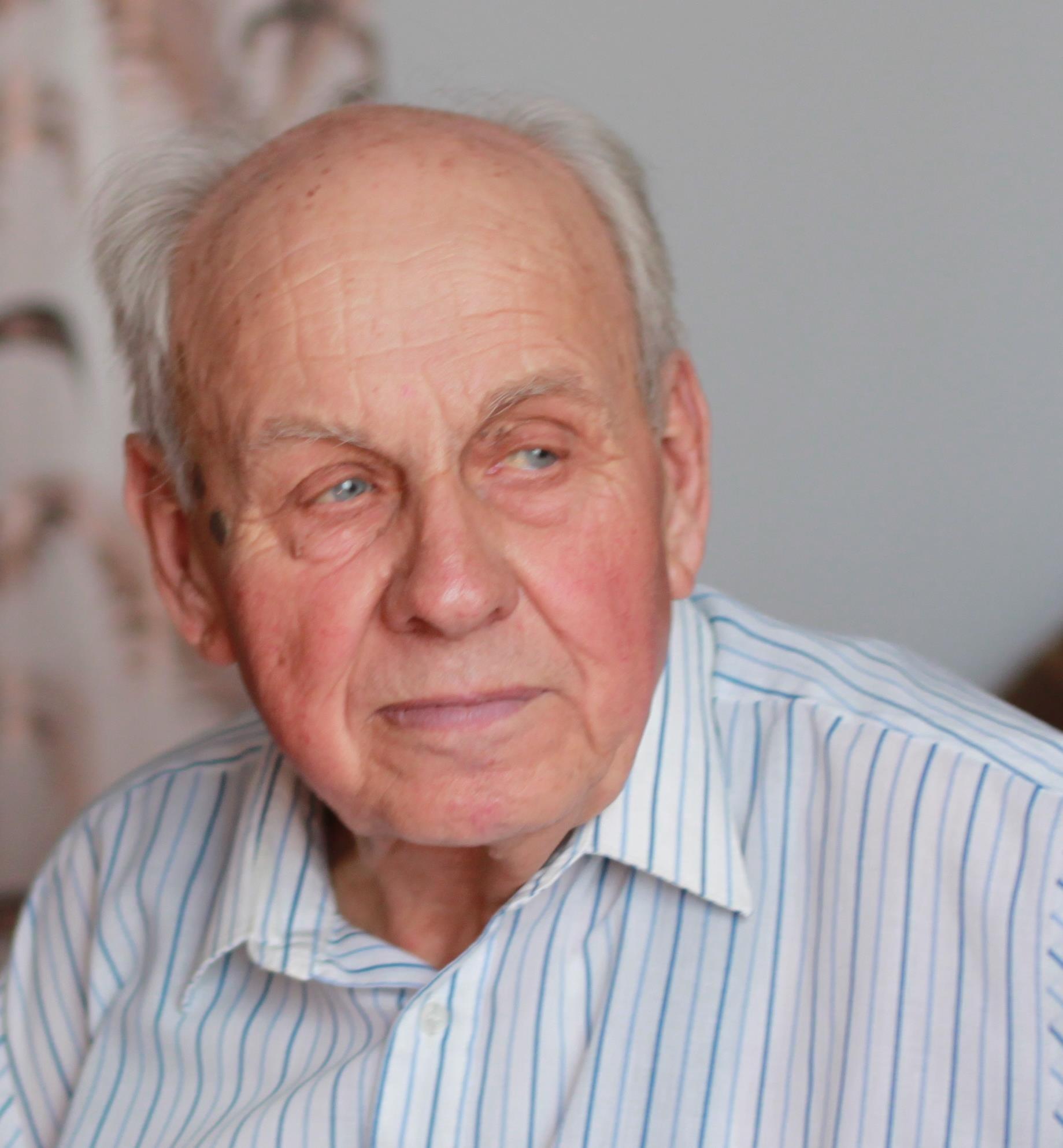 онлайн бесплатно знакомства пенсионеров 60 80 лет