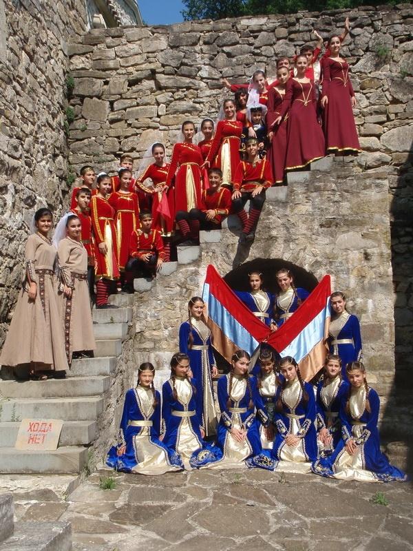 armetnotour.com