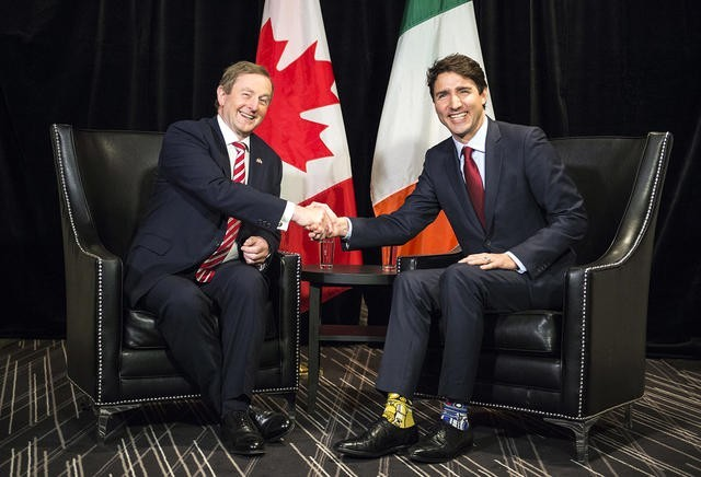Премьер Канады сразил политиков вНью-Йорке носками сЧубаккой