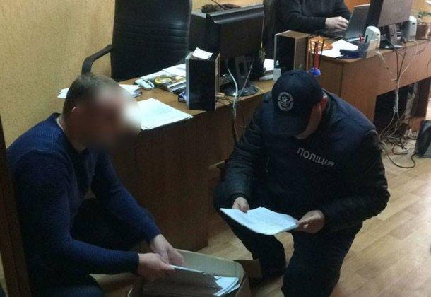 В Киевской области чиновника поймали на взятке в 100 тысяч долларов, фото-1